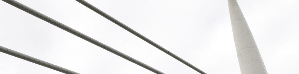puente hecho con acero