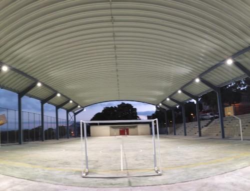 Estructura metálica y cubrimiento de pista del colegio de Albujón